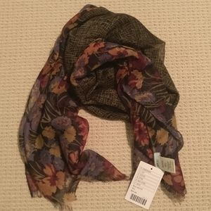 URBAN OUTFITTERS light autumn print scarf NWT